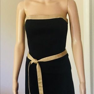 White House, Black Market (EUC) strapless LBD!